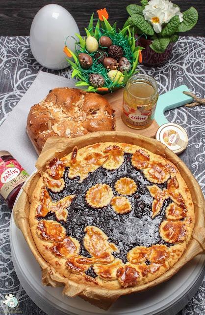 Crostata mit Konfitüre und Marzipan