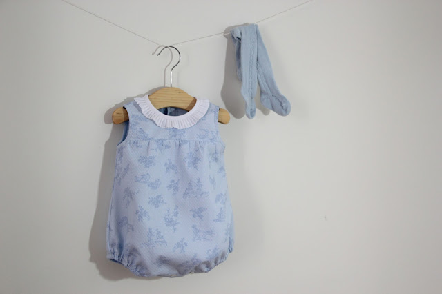 DIY Tutorial y patrones gratis: Pelele para bebé