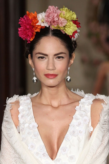 Weddings Hairstyles : Flowers Crowns : Cool Chic Style Fashion