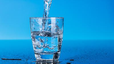 Lição judaica o copo de água