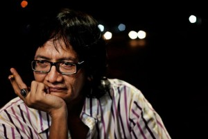 Puisi Acep Zamzam Noor : Aku Menangis Bersama Rumput