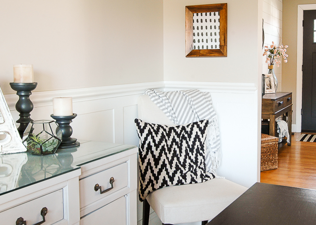 Lightweight throw blanket in the dining room