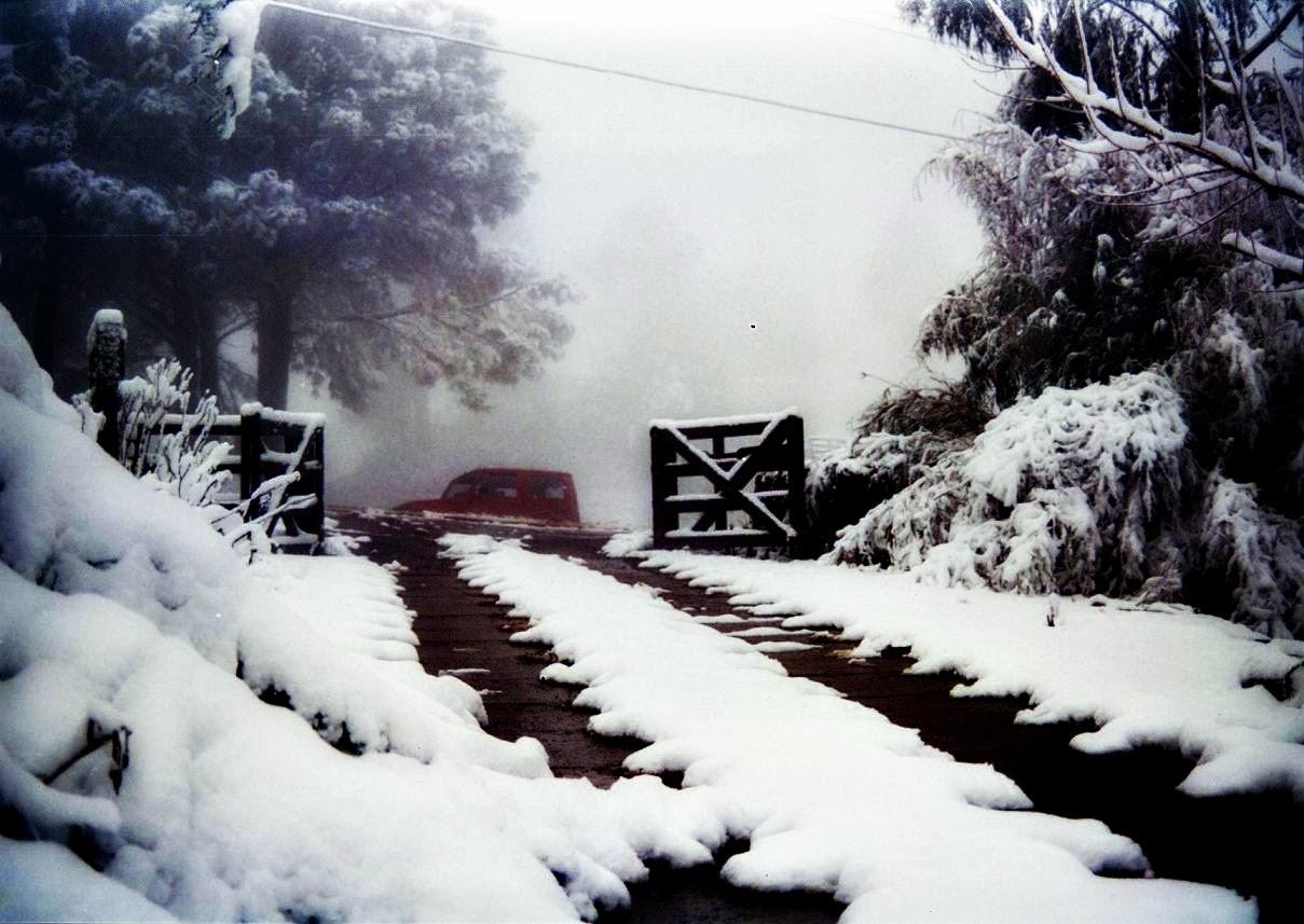 Neve em Garagem, em São Joaquim