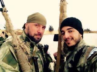 Ρώσος με μέλος της Sootooro στο Qamishlo
