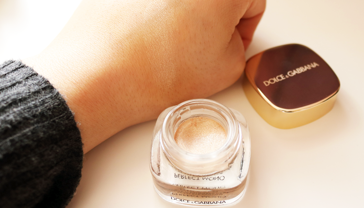 Dolce & Gabbana Perfect Mono Cream Eye Colour in Pearl Dust 25