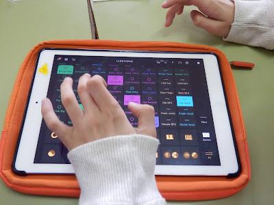 http://musicascativas.wixsite.com/musipads18
