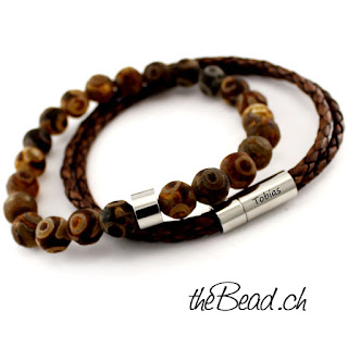 https://www.thebead.ch/product_info.php?info=p2108_lederarmband---perlenarmband-brown-im-set--gravur-moeglich-.html