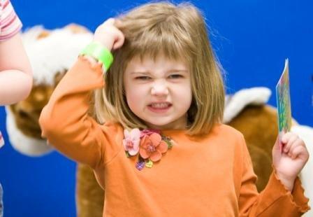 Mengatasi Kutu Rambut pada Anak
