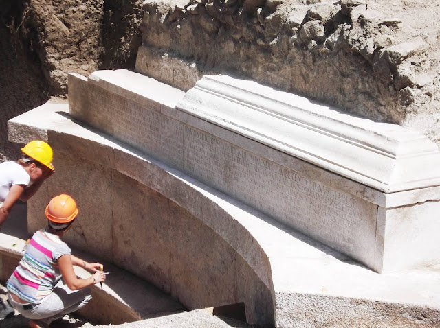 Monumental tomb with longest funerary inscription ever found unearthed near Porta Stabia in Pompeii