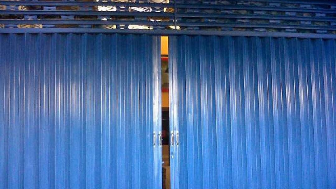 spesialis fabrikasi pintu harmonika Cikampek