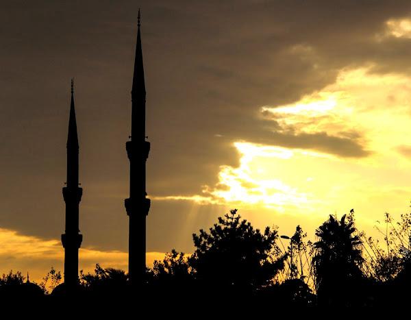 Tips Menjaga Kesehatan Saat Puasa Di Bulan Ramadhan