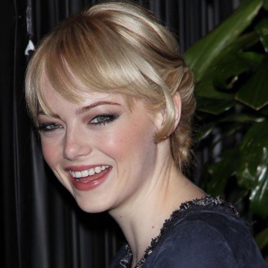 Onfolip: Emma Stone Profile-Bio and Pictures 2012