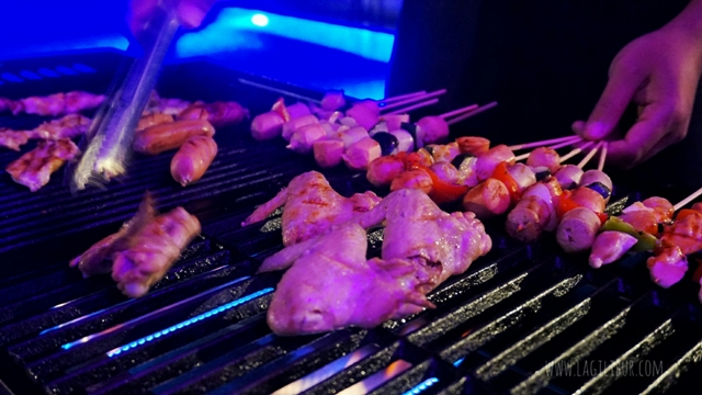 Barbeque Vue Bar Rooftop Kitchen & Lounge Satoria Hotel