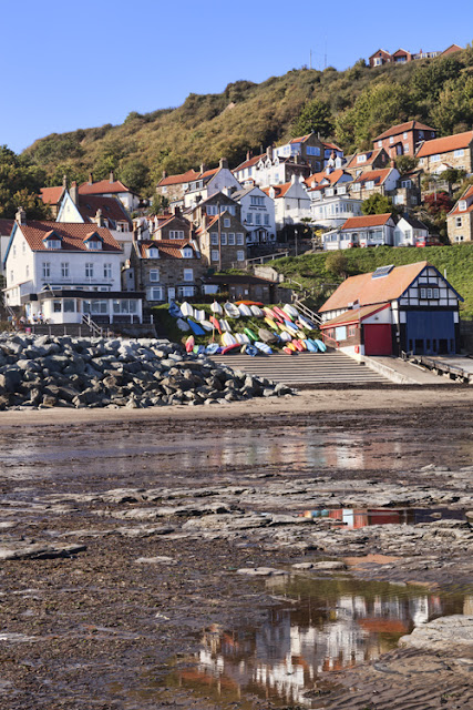 Runswick Bay in North Yorkshire in the sunshine by Martyn Ferry Photography