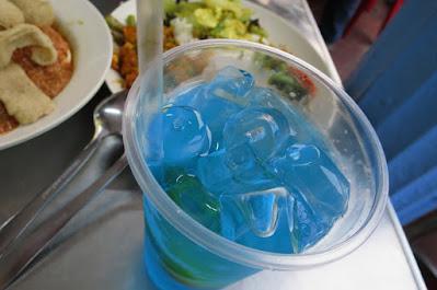 Kampong Glam Cafe, lime blue cola