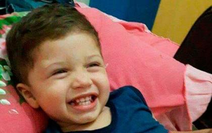Pai atropela e mata filho de dois anos ao dar marcha a ré em veículo no sul da Bahia