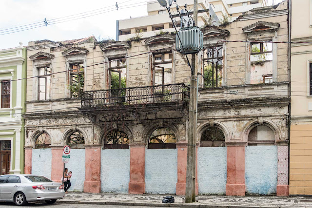 O sobrado na Rua Barão do Rio Branco 773