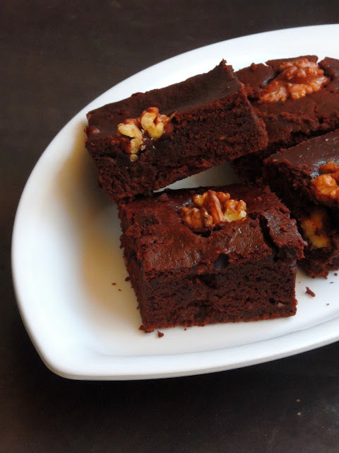 Avocado Brownies, Eggless Avocado Brownies