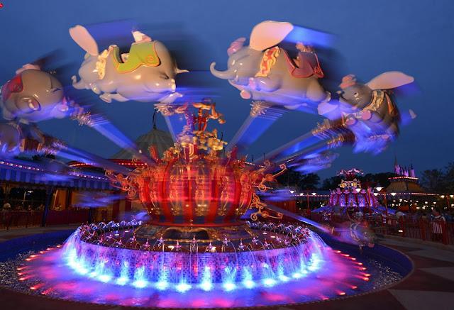 Atrações do circo da New Fantasyland em Orlando