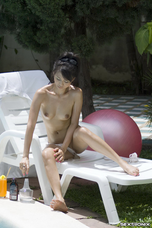 naked asian girl sunbather