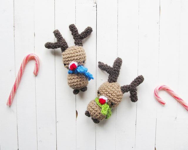 http://www.littlethingsblogged.com/2014/11/amigurumi-rudolph-christmas-pattern.html