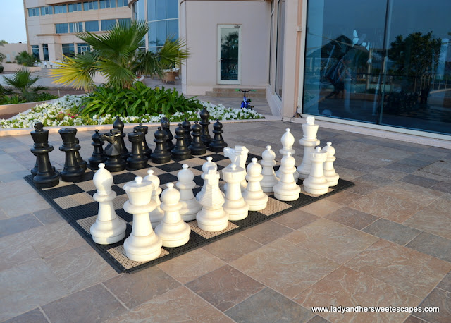 chess board at Danat Jebel Dhanna
