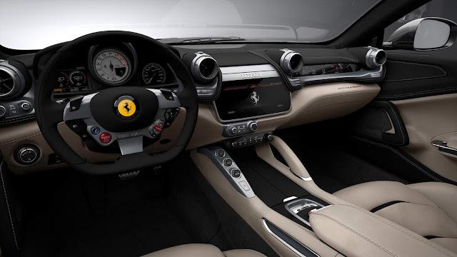 Ferrari GTC4Lusso - interior