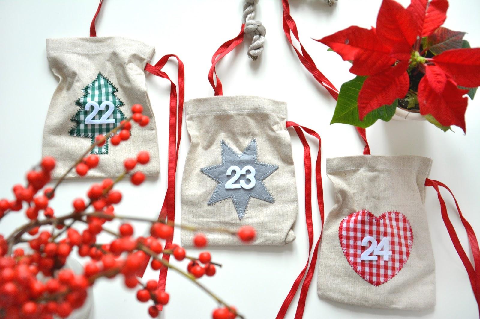 Advent Calendar and Christmas Flowers