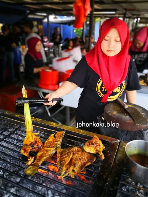 AS-Ikan-Bakar-Tepi-Masjid-Jamek-Jalil-Hassan-Kampung-Pasir-Putih-Johor