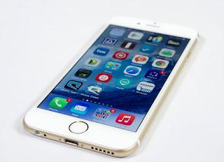 تطبيق جديد لهواتف الايفون iPhone حيث يسمح بتحويل الهاتف الى كاميرا أمامية للسيارة .. تطبيق داش كامز Dash cams ايفون كاميرا السيارة .