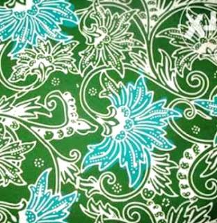 Motif ini terbagi dalam dua jenis, yakni jenis motif lama dan motif baru (modern). Motif lama biasanya memiliki pola warna lung hitam, tumbuhan, hewan, gajah coklat serta ulir hijau. Untuk jenis Motif baru/modern, polanya mempunyai lebih banyak variasi. Batik Jepara juga terkenal dengan istilah sebutan Batik Kartini.