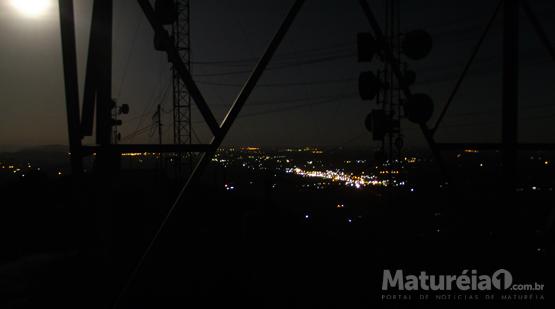 Matureia1 - Super Lua de 14 de novembro vista do Pico do Jabre em Matureia.