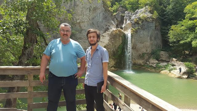Muhasebeci Ömer Demir ve Harun İstenci Kastamonu Küre Dağları Milli Parkı Ilıca Şelalesinde.