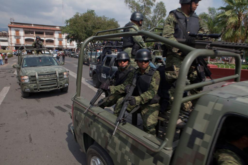 """""""Fuimos usados por el Estado Mexicano en un fallido experimento"""", acusan militares"""