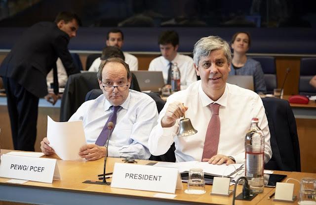 Eurogroup: Άλλα δέκα χρόνια χρέος στην καμπούρα μας...