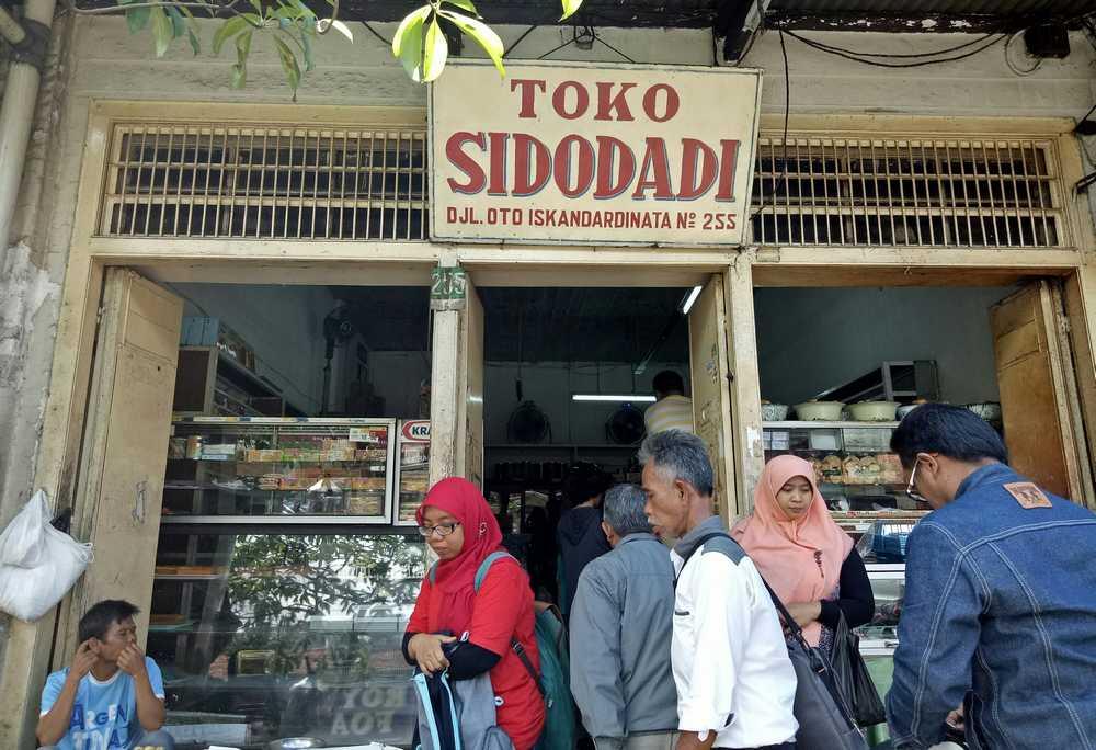Toko Roti Sidodadi (erunasite.wordpress.com)