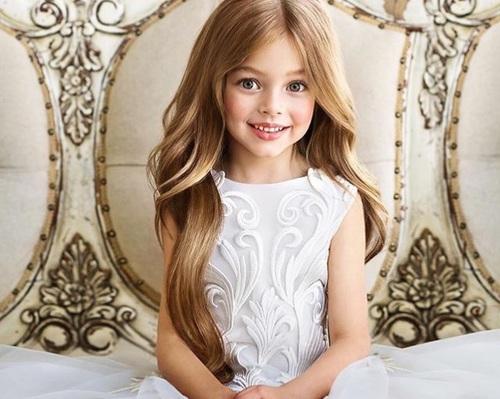 صور بنات ذات الشعر الطويل  1