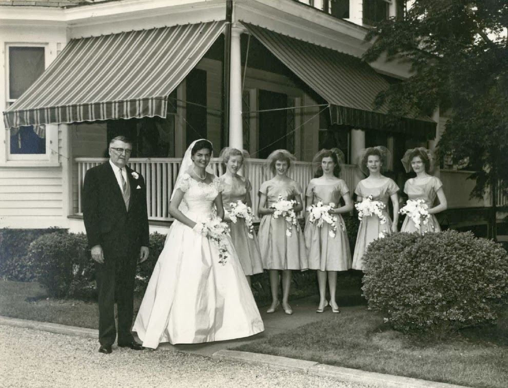 Vintage Wedding Dresses 50s 60s: Adorable Real Vintage Wedding Photos From The 1960s