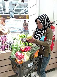 hero supermarket lagoon avenue bekasi