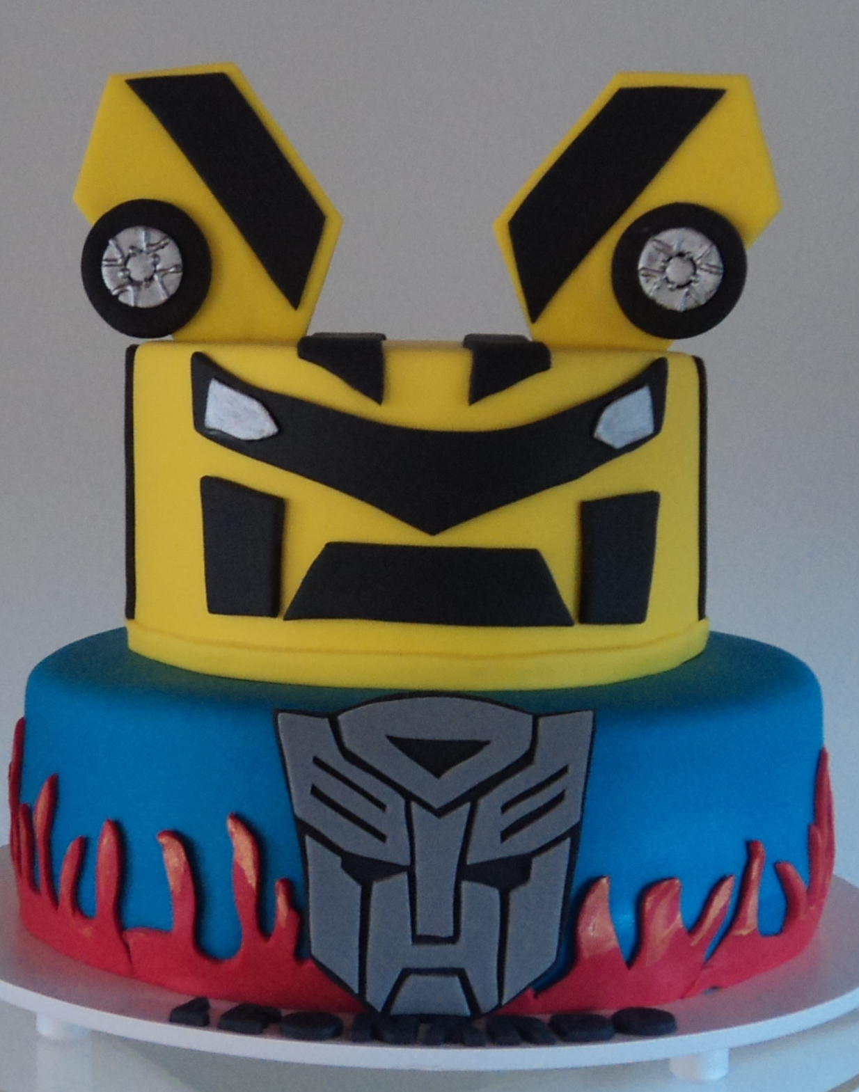 Bumblebee Transformer Cake Cake Ideas And Designs