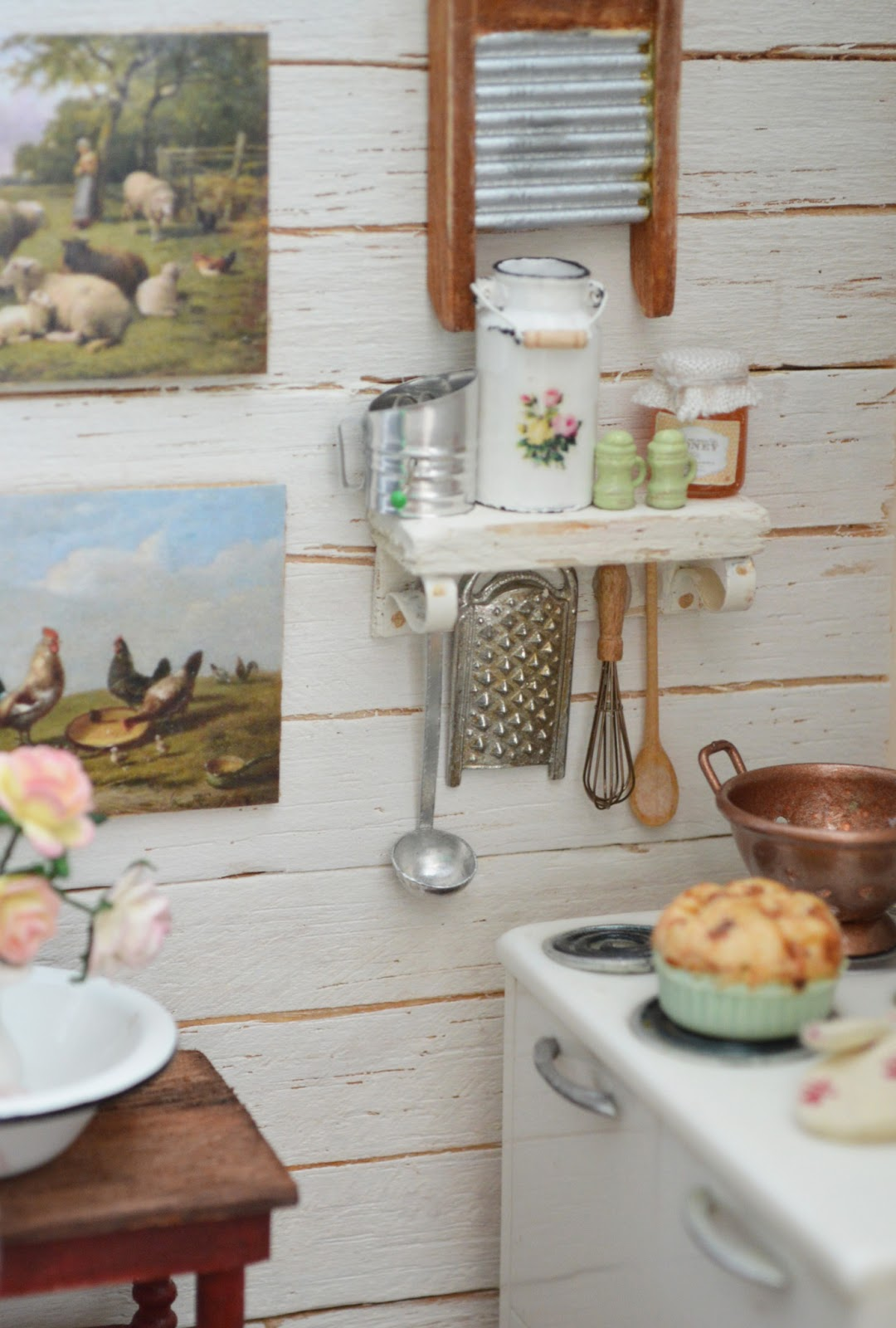 Cottage Farmhouse-Style Kitchen