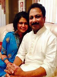 Dhanish Karthik Family Wife Son Daughter Father Mother Age Height Biography Profile Wedding Photos