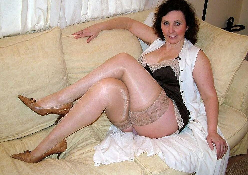 Older Mature Women Tube