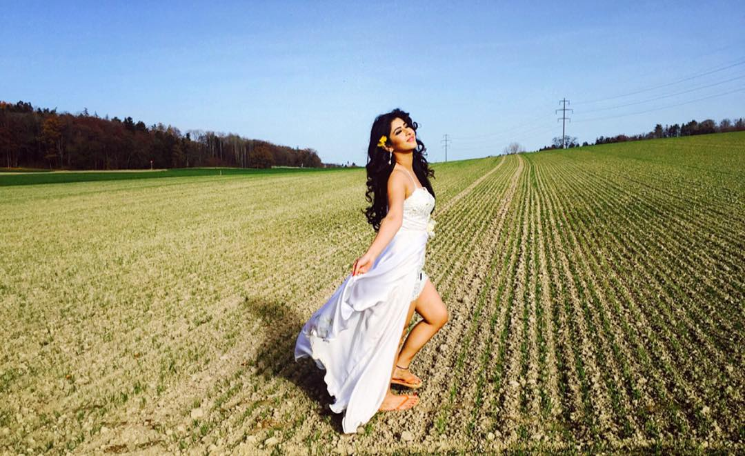 sonarika bhadoria photoshoot