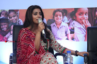 Shriya Saran and Meenakshi Dixit Pos at Quaker Feed A Child Campaign  0035.jpg