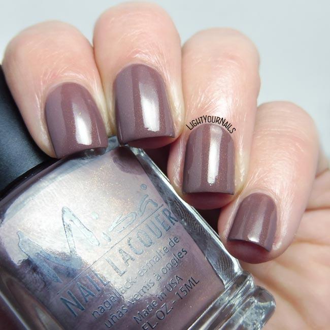 Smalto Misa Lost to the World nail polish