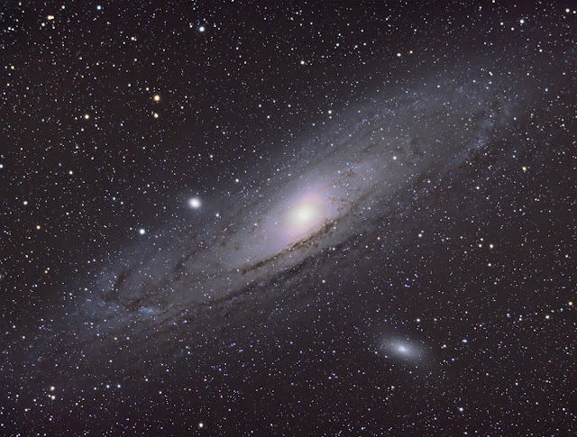 M31 Andromeda Galaxy taken with Canon Xsi in July 2012