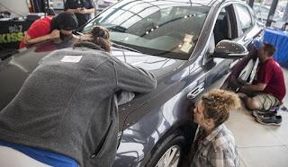 Lankan woman in US wins car by kissing it