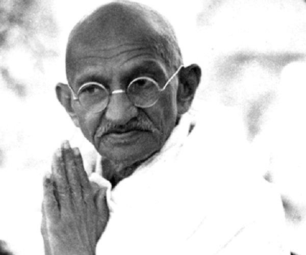 Beberapa Kata Kata Mutiara Dari Mahatma Gandhi Yang Memberi