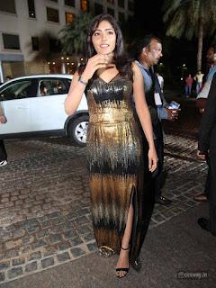 Eesha-Stills-at-South-Britannia-Filmfare-Awards-2016